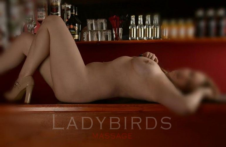 Dee at Ladybirds Massage